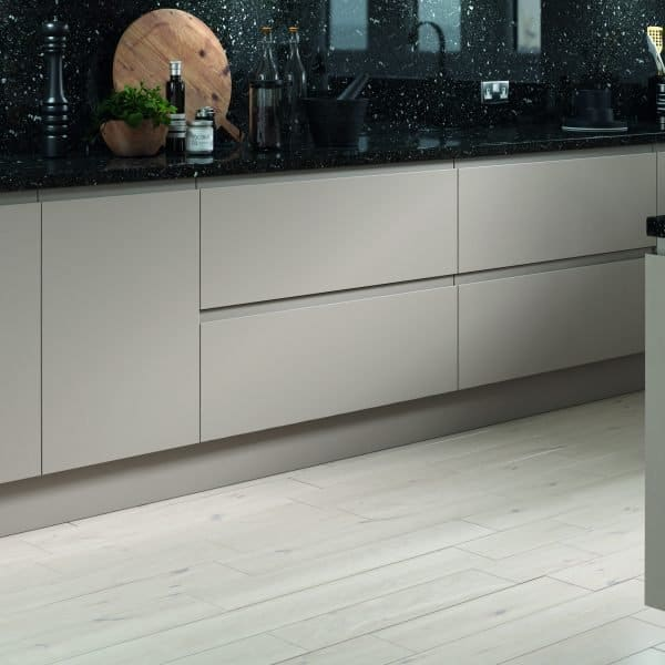 Made to measure bespoke Matt Cashmere kitchen with J handles in London