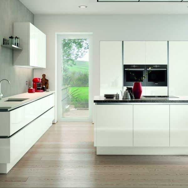 Bespoke modern high gloss white handless kitchen with island London